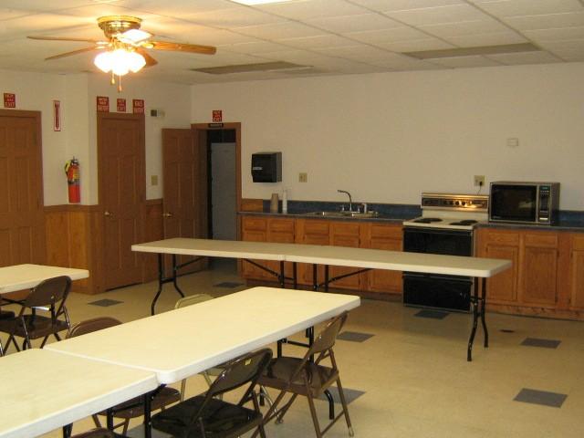 The Arrowhead Lodge at Choctaw Lake rent for family reunions near Columbus, Ohio